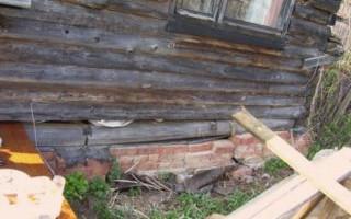 Поднять дом на домкратах и заменить фундамент своими руками