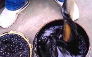 Как наносить и применять битумную мастику: советы по использованию- расход при гидроизоляции фундамента и кровли: Обзор Видео