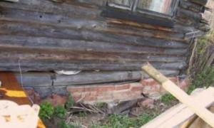 Как поднять старый деревянный дом на фундамент своими руками инструкция